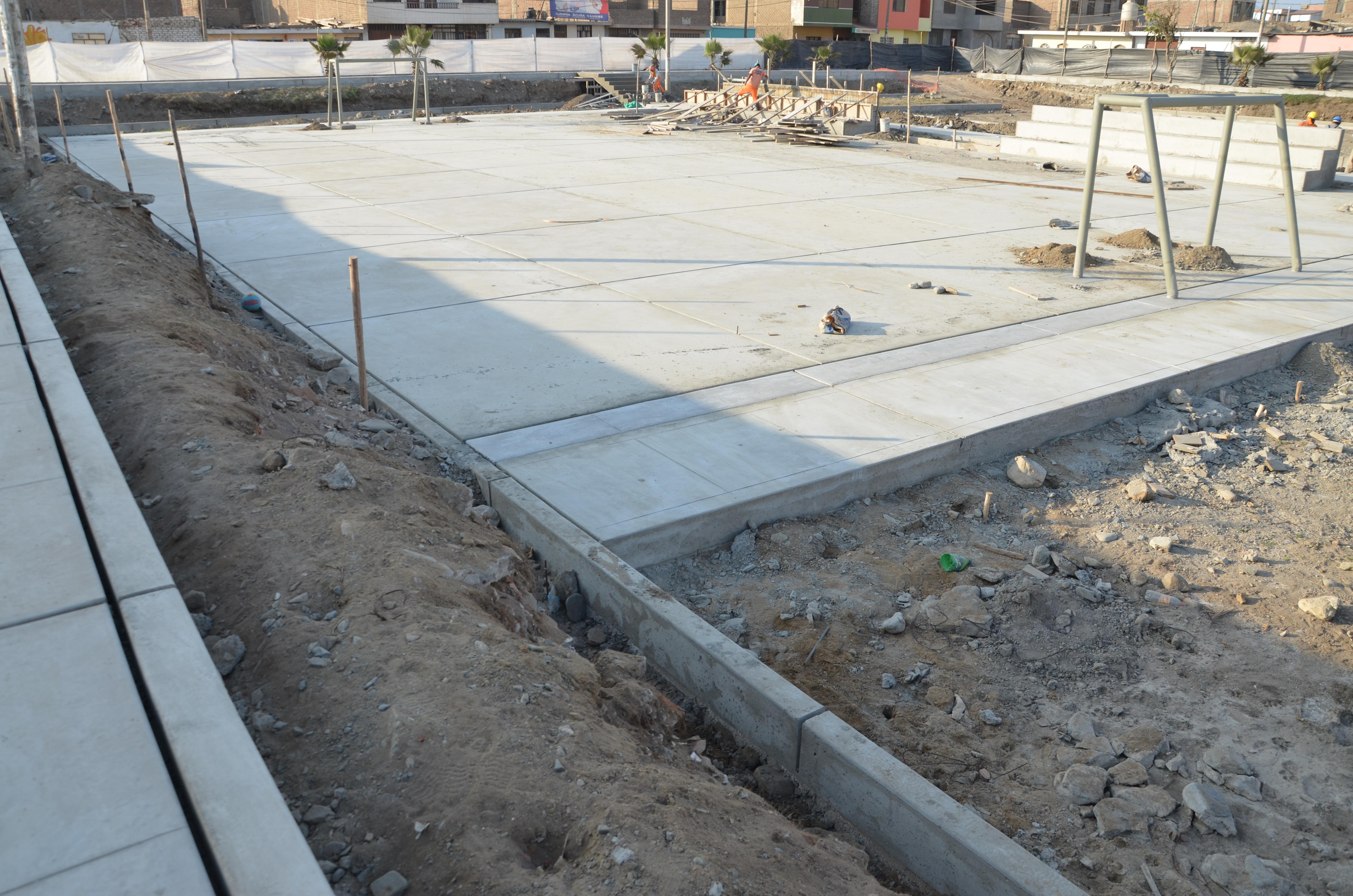 En 50 avanza construcci n de parque recreativo la poza for Construccion piscina temperada