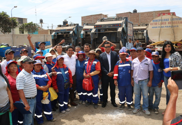 Alcalde César Juárez se reúne con trabajadores de Limpieza Pública